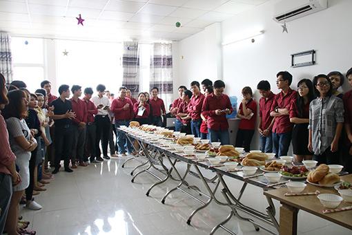 Bà Nguyễn Thị Linh Vi - Chủ tịch công đoàn