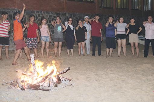 BinHoldings-Trip-Camp fire