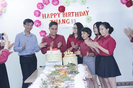 BINHoldings_Birthday party_Talk about company