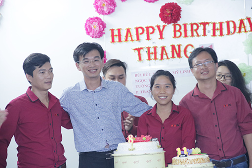 BINHoldings_Birthday 11_start up