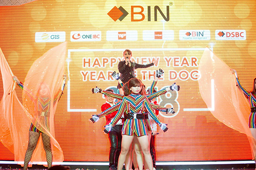 BIN Holdings-New year party-NNBER-Singing